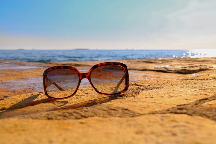 9caca42677 Las últimas tendencias en gafas de sol - Moda & Salud Visual