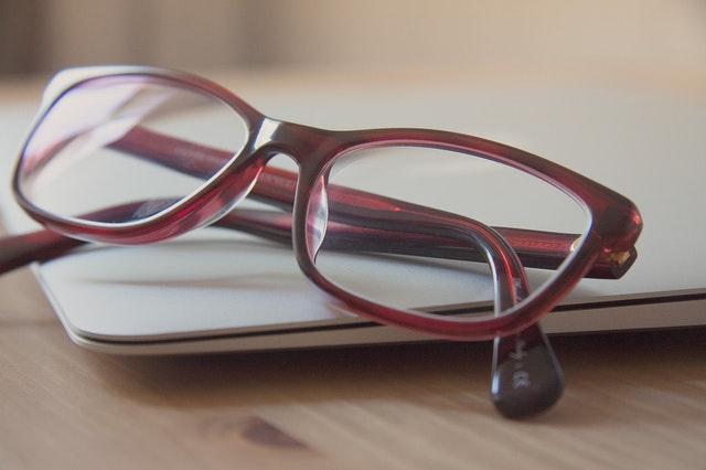 011826b0f8 Vida útil de las gafas de vista - Moda & Salud Visual