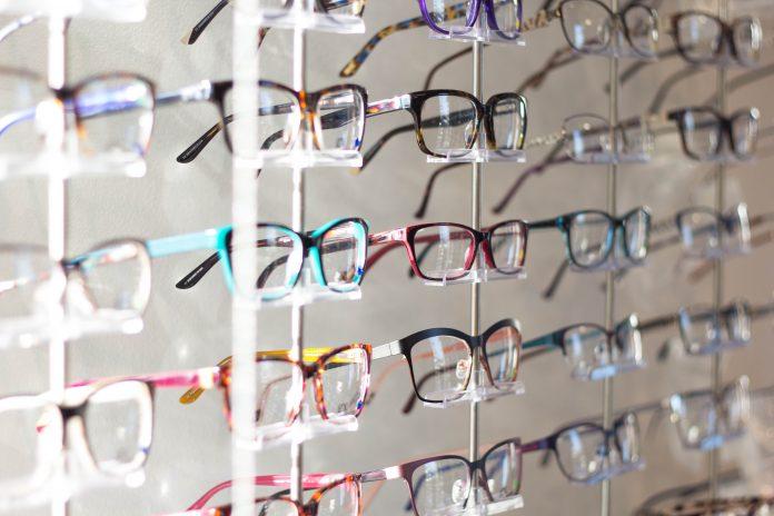 918758b4ea Problemas de no tener las gafas bien graduadas - Moda & Salud Visual